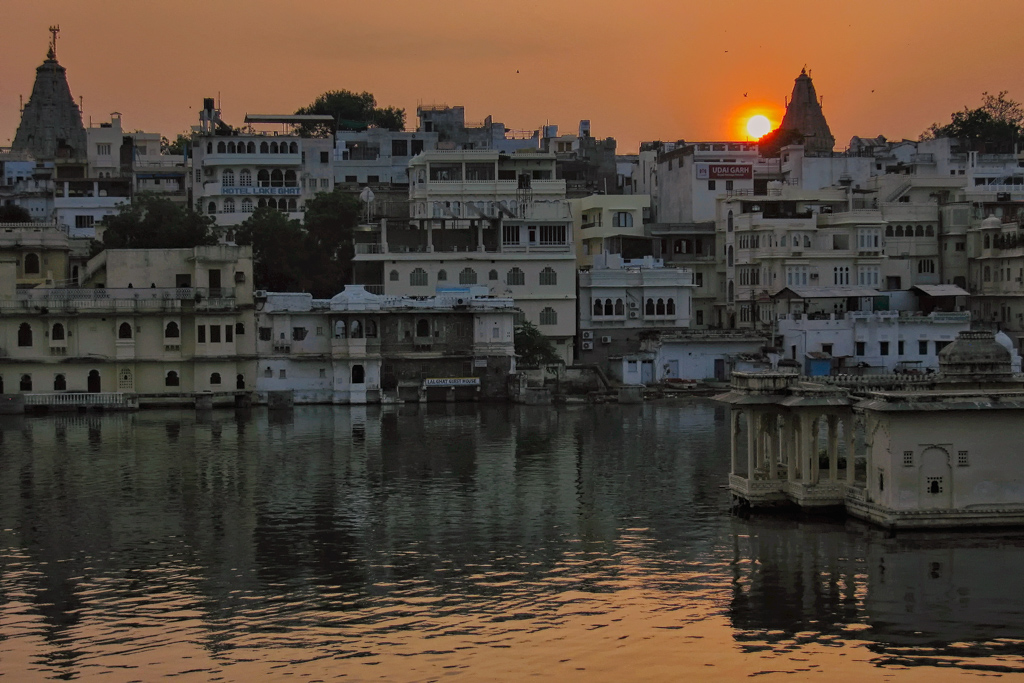 Lake Nichola Sunrise over Udaipur